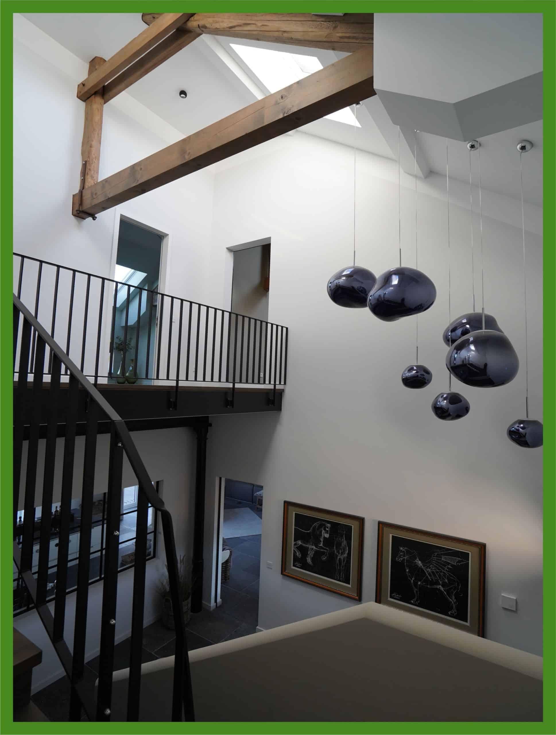 Treppenhaus nach Maler- und Renovierungsarbeiten von Maler Düsseldorf